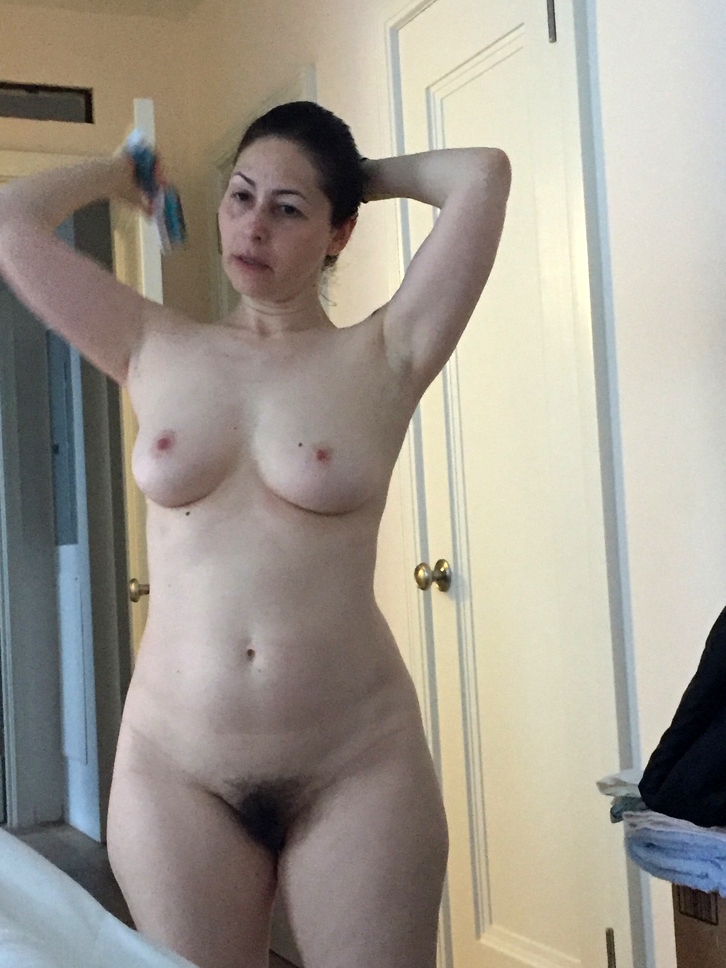 kimberley pussy rogers showing